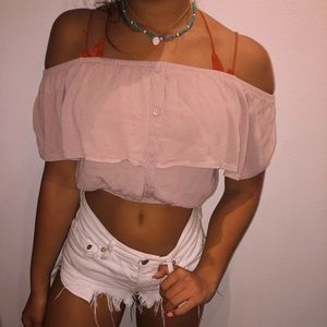 Brandy Melville Cute cropped shirt